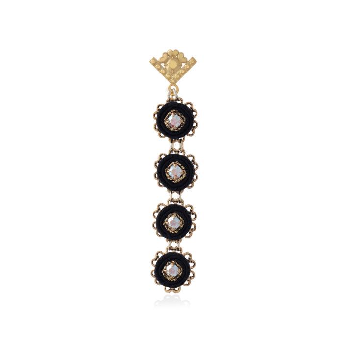Orecchino pendente lungo piccolo e leggero con cerchi in tessuto e decorazioni in cristalli swarovski nero