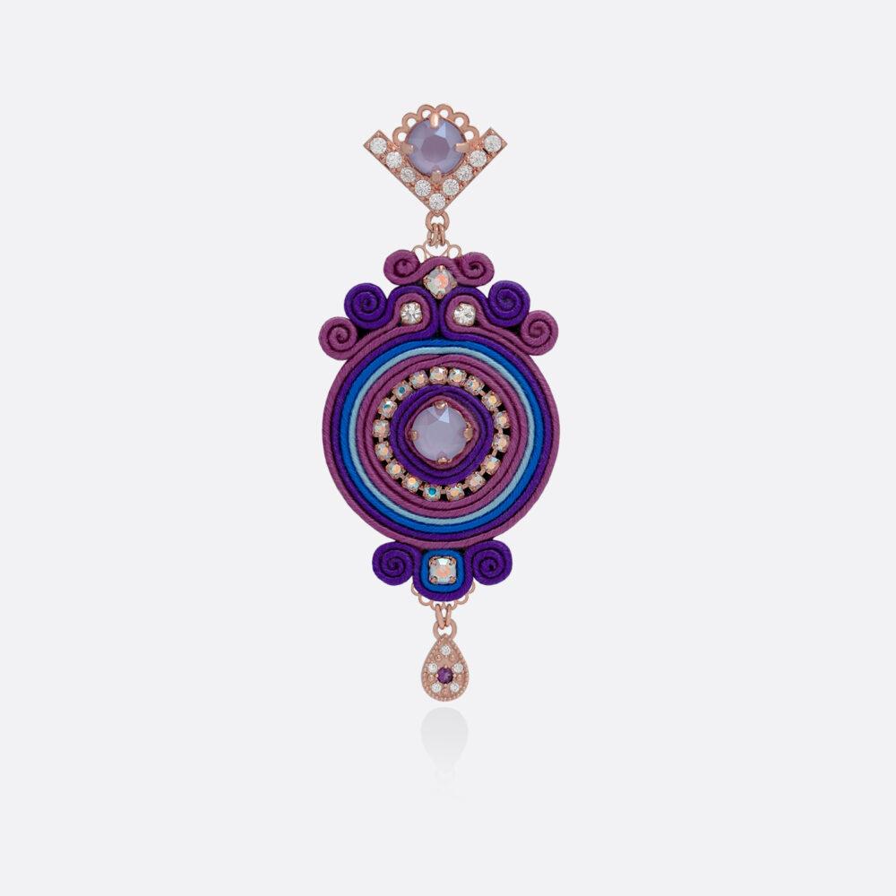 Orecchino medio da donna pendente in passamaneria seta blu e viola, bronzo e argento dorato rosa, lavorazione artigianale DIVAG. Forma circolare con ciondolo