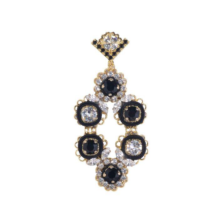 Orecchino grande pendente a forma di rombo con cristalli swarovski e zirconi bianco e nero, argento e bronzo. Dettagli in stoffa di seta